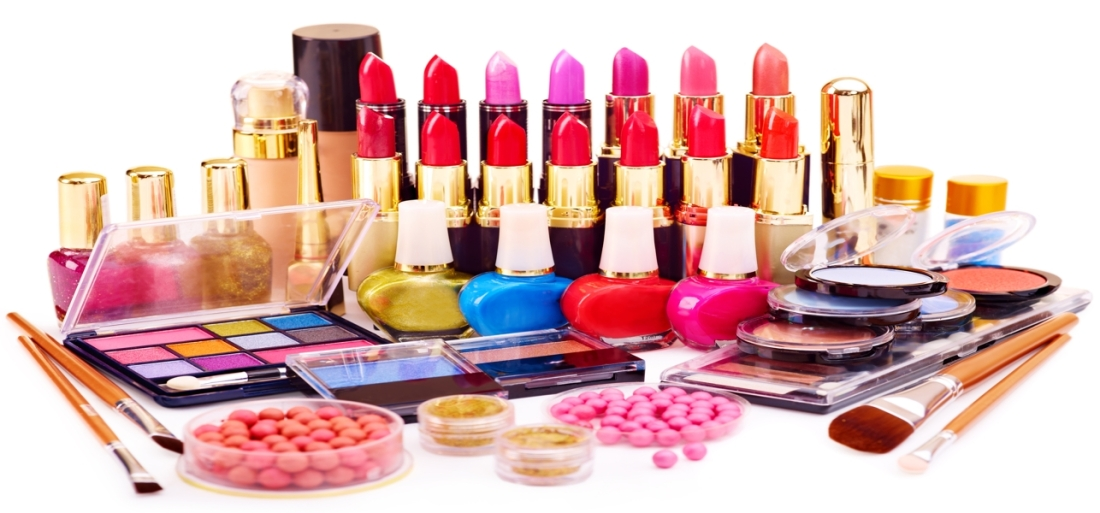 Top-Disadvantages-of-Using-Cosmetics-and-Beauty-Products
